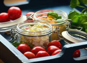Ensalada vertical con AOVE: súmate a la nueva moda gastronómica