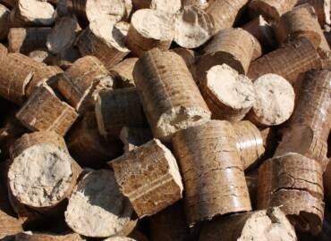 Biomasa del olivar, calor ecológico y económico contra la ola de frío